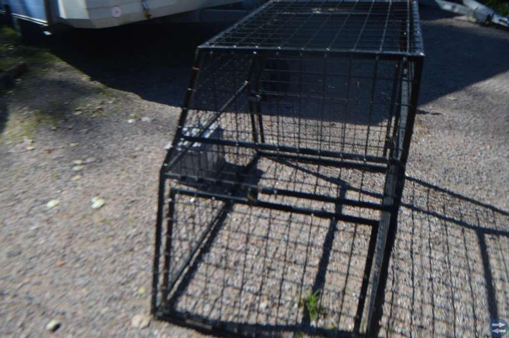 Större hundbur med två grindar