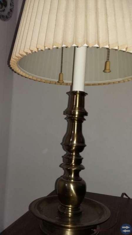 Fint gammalt lampa fint skick.