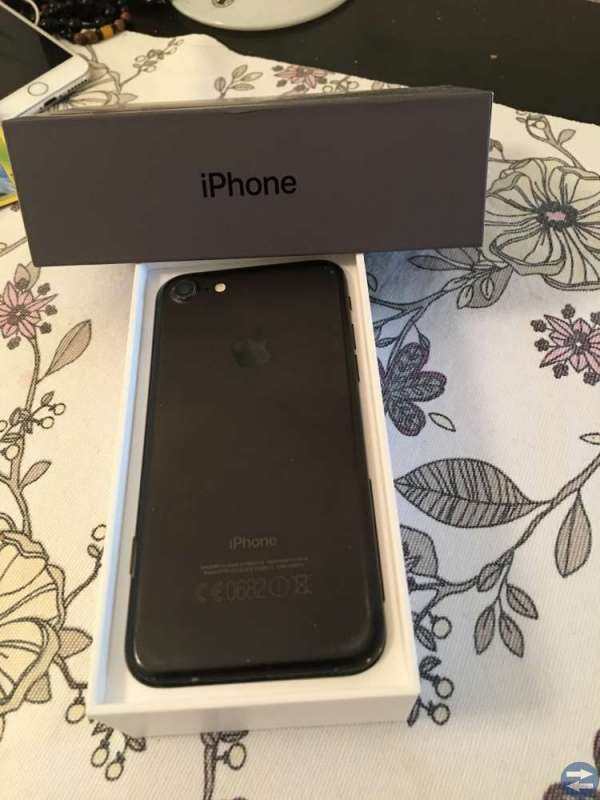 IPhone 7 olåst 32 GB