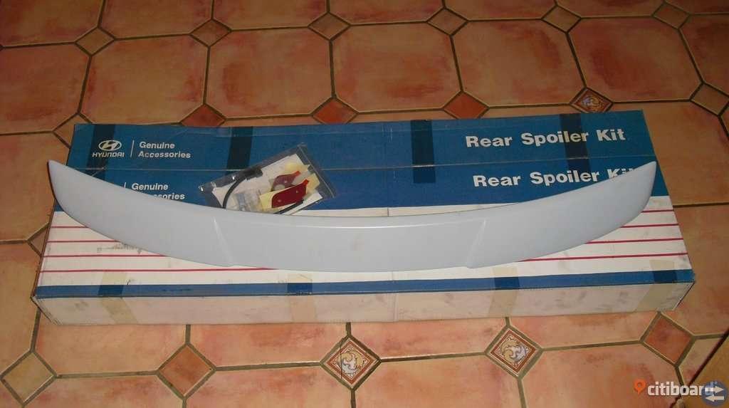 Bakre spoiler Huyndai ny i förpackning Rear spoiler