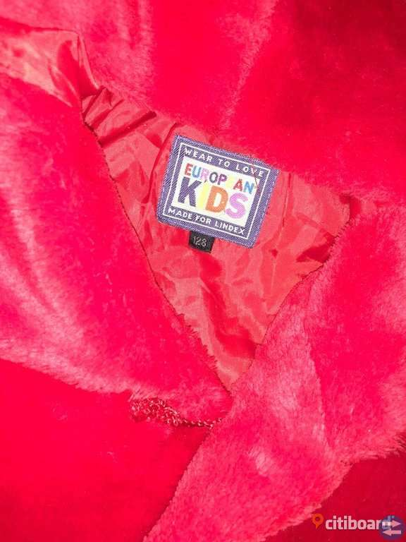 Barn Pälskappa ( Fejk ) storlek 128/134