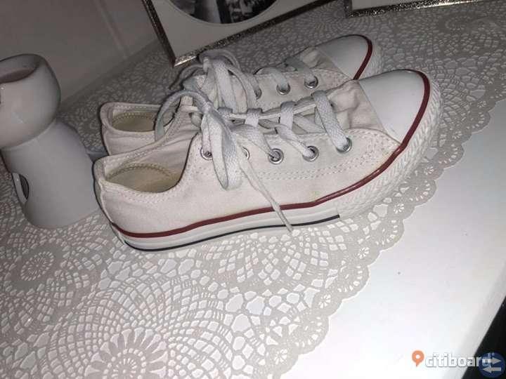 Converse skor 33 Sneakers ÄKTA!