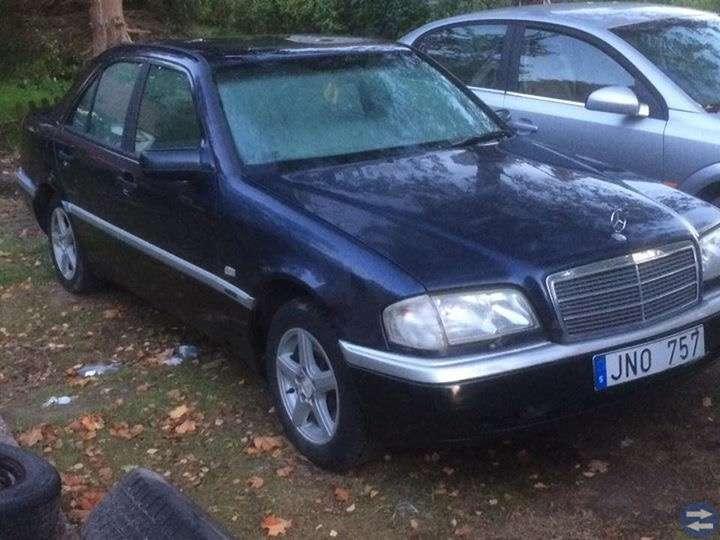 Mercedes Bens C200