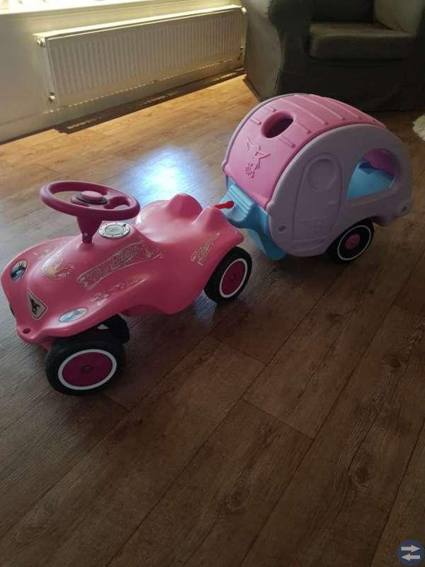 Bil & husvagn!!