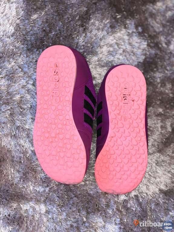 Adidas Neo 34