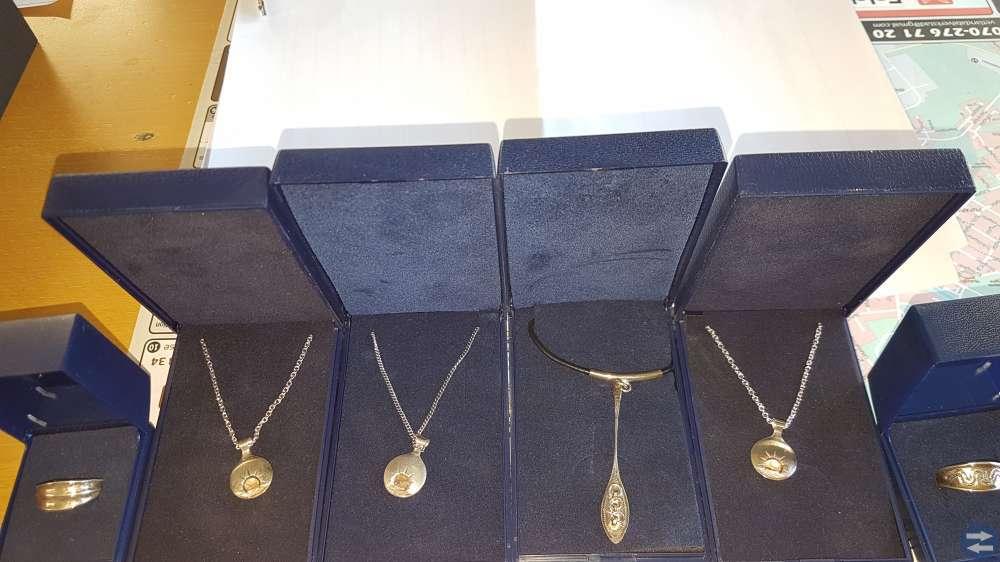 Fina smycken från Jokkmokks tenn