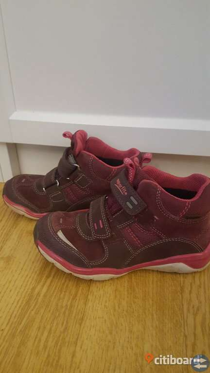 Stövlar skor