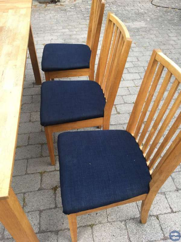 Begagnat köksmöblemang i oljad ek, Bord + 6 stolar