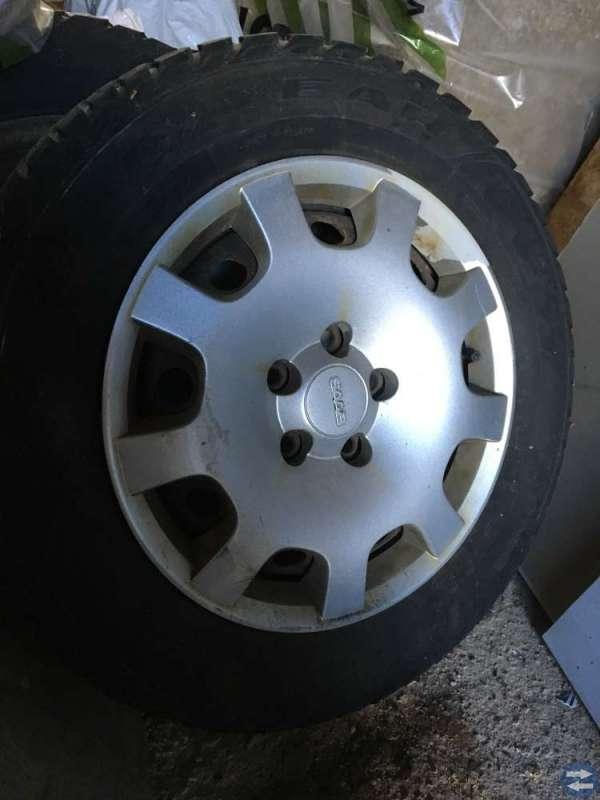 Vinterhjul och gummimattor