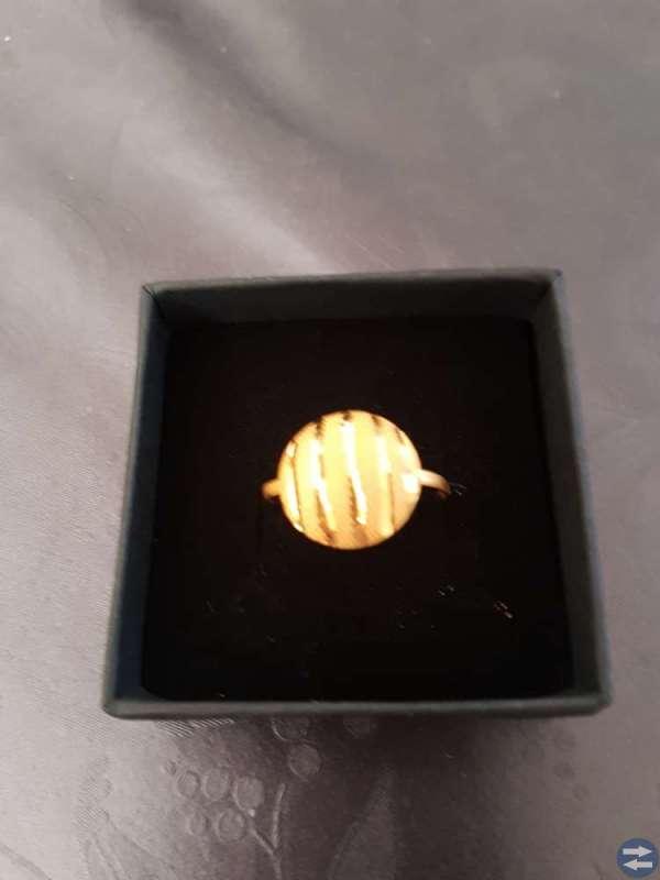 21 karat guld ring