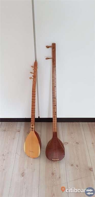 Saz instrument
