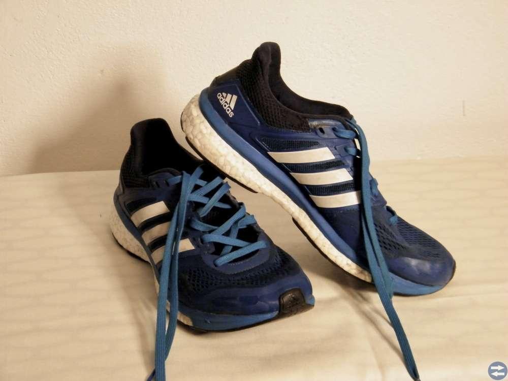Sportsko Adidas blå med Boost sula