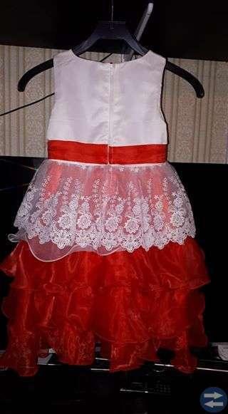 Julklänning barn stl 140