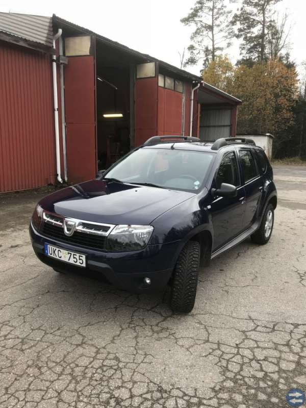Duster Dacia 2013 bensin manuell