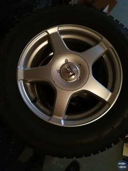 Vinterhjul på alufälgar 205/65-15 Bmw.Volvo.Audi m