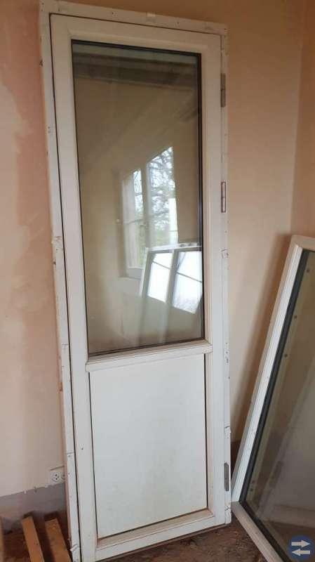 Altandörr och fönster
