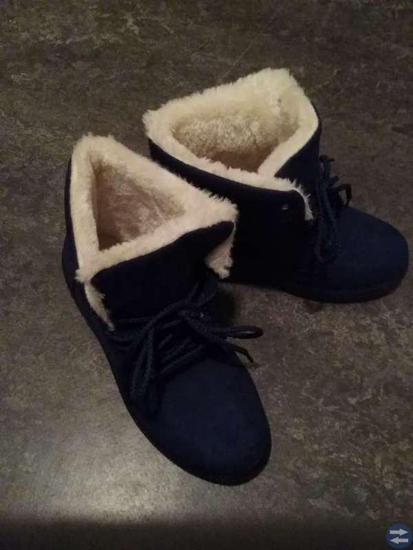 Vinter-kängor, nya, blåa. St. 39-40?