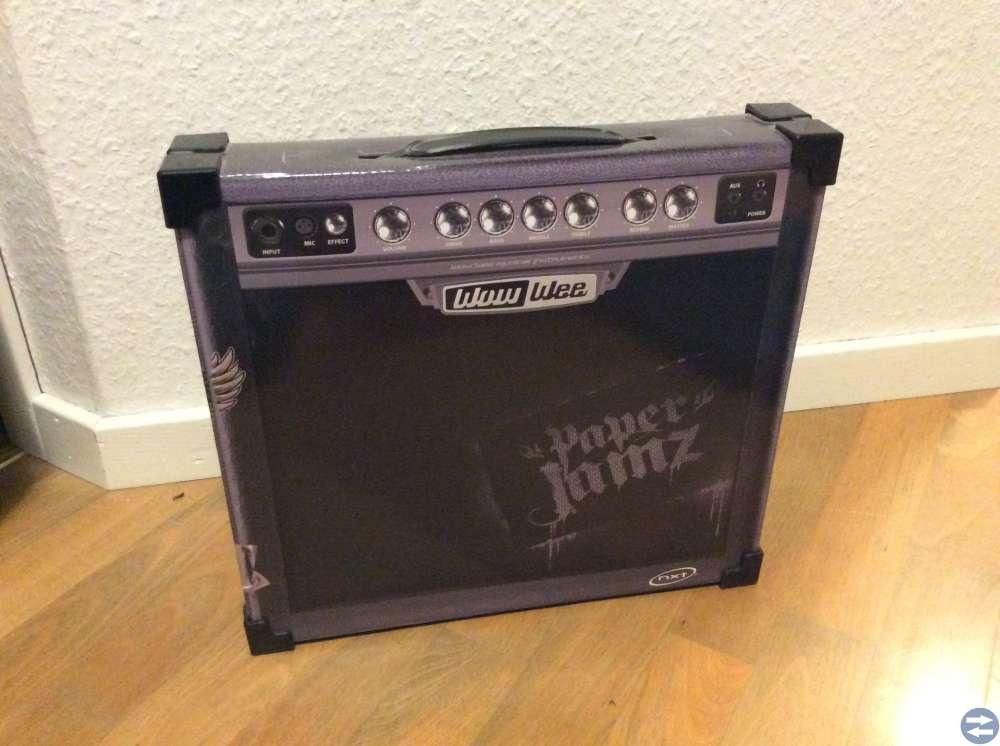 Paper Jamz - gitarr, trummor och förstärkare
