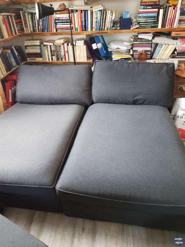 Stor soffa, kan bäddas som dubbelsäng eller två en