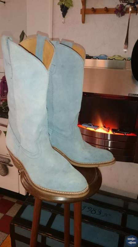 Boots. Sendra.