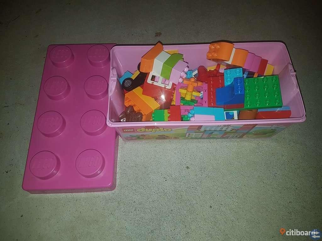Lego duplo i förvaringsask