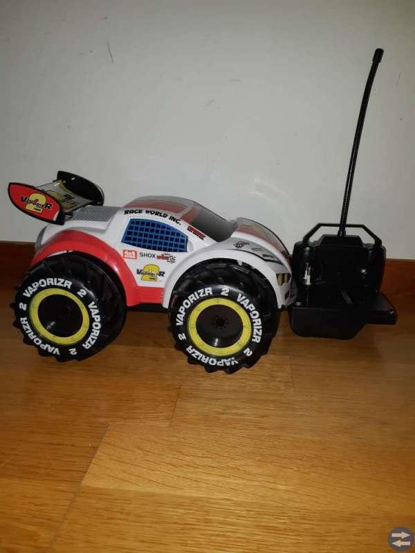 Radiostyrd bil