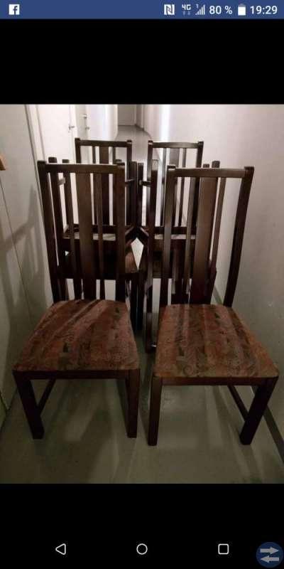 Bord och stolar i mahogny
