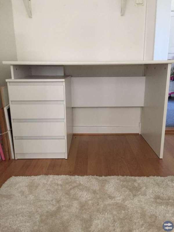 Unika Skrivbord - Möbler & Inredning i Värnamo med stolar, soffa HQ-35