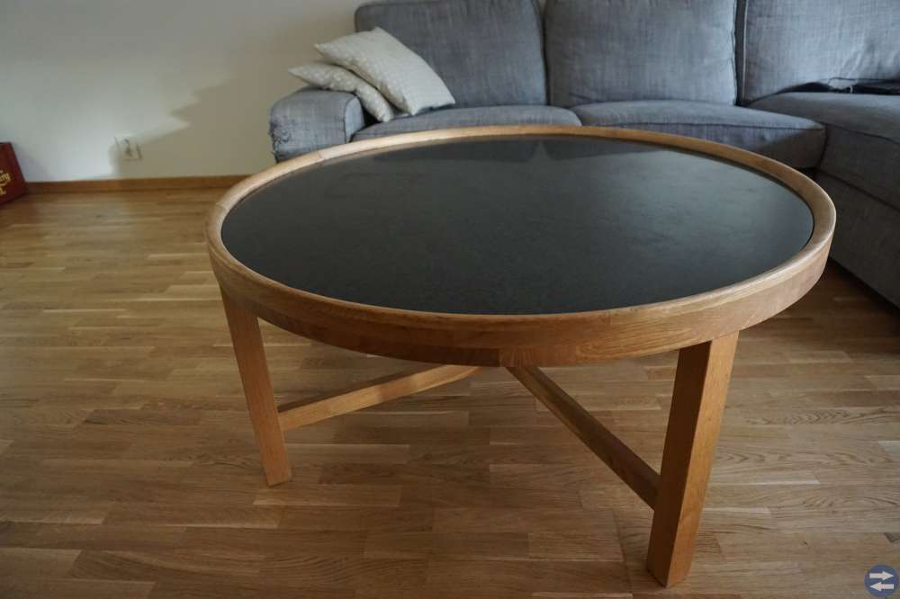 Soffbord med granitskiva från Svenska Hem