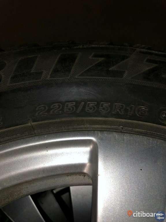 225/55/R16 däck vinter E 200 Mercedes Benz