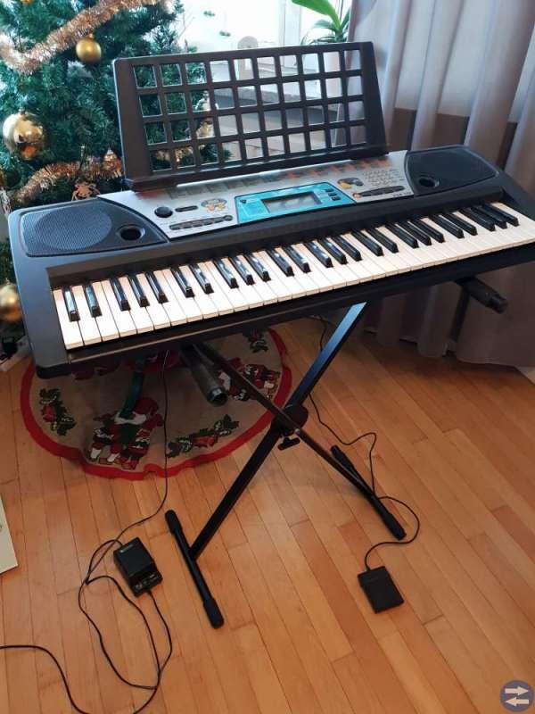 Piano/Keyboard Yamaha psr 170.