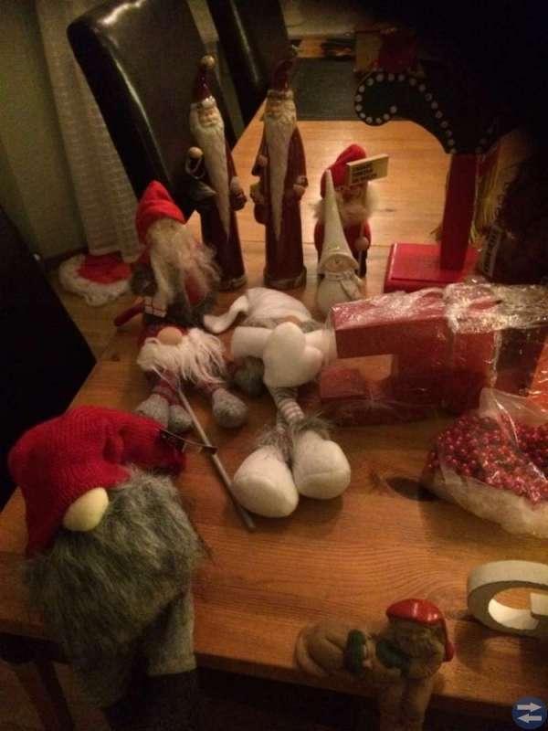 Jultomtar, halmbockar mm