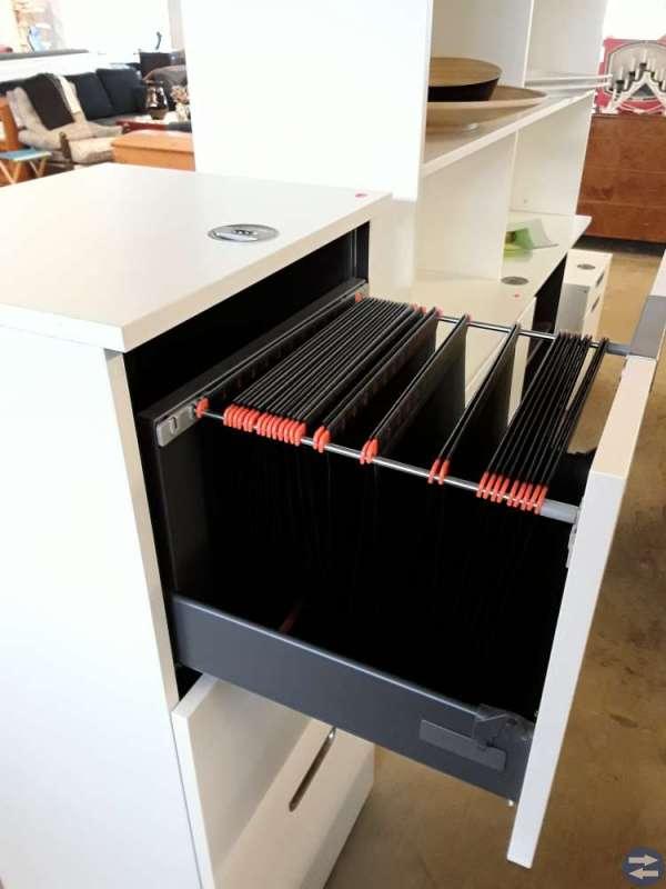 Kompletta skrivbord & stolar