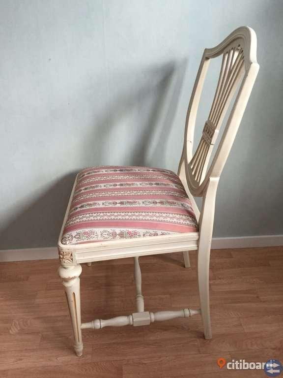 Stolar i Gustaviansk stil