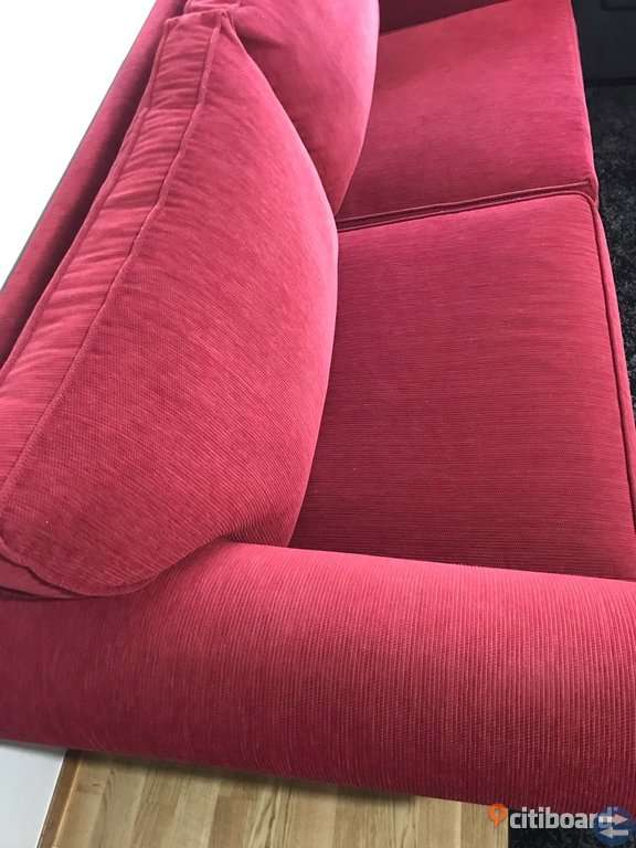 En soffa