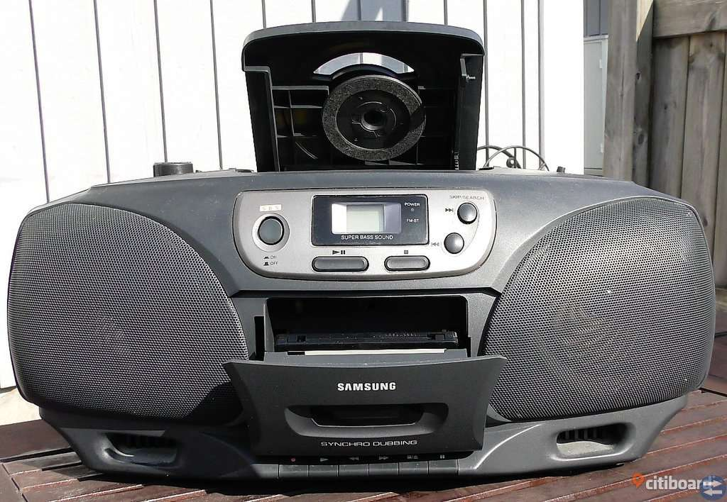 Samsung RCD 750 Stereo radio med kassett och CD-spelare