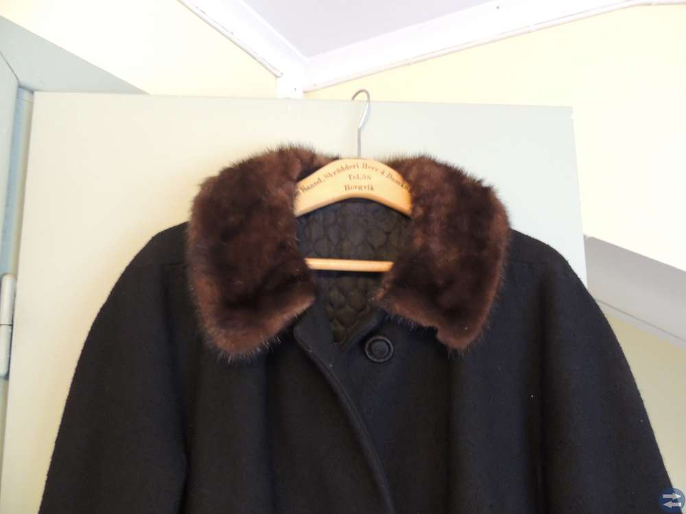 Vintage kappa med minkkrage