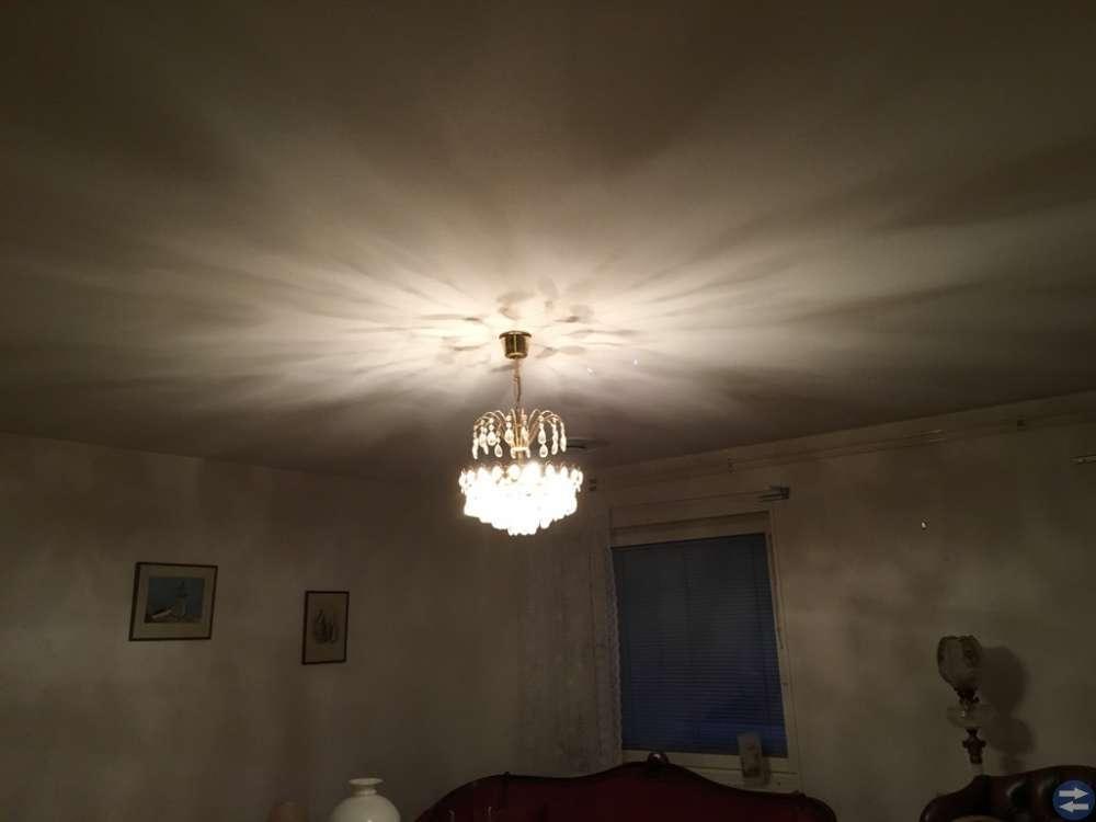 Kristall lampa samt vägglampett i kristall