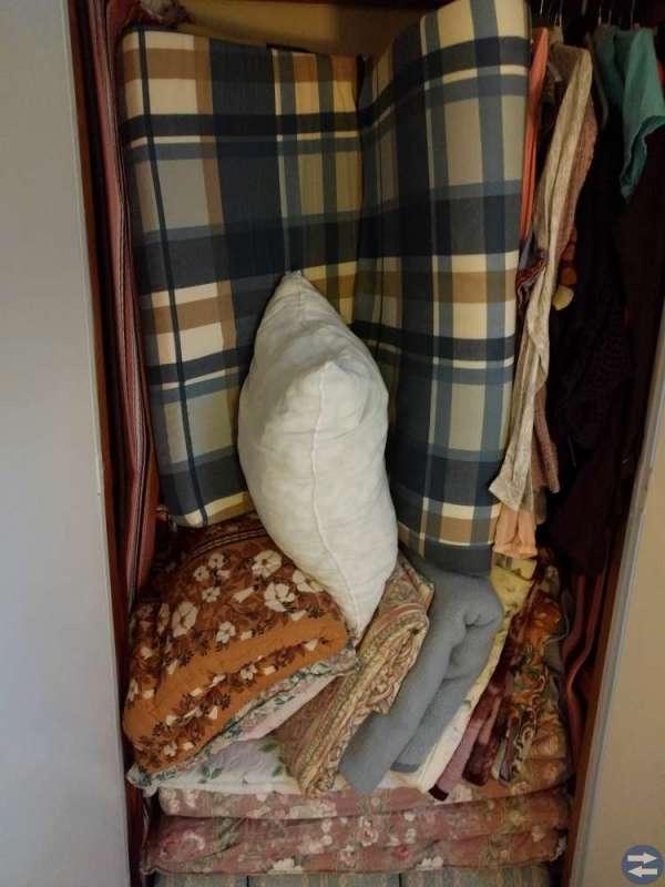 Madrasser, täcke och kuddar