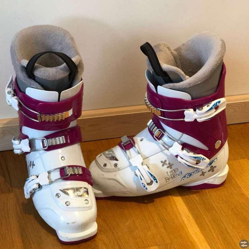 Slalompjäxa - Nordica Little Belle3, strl 24,5