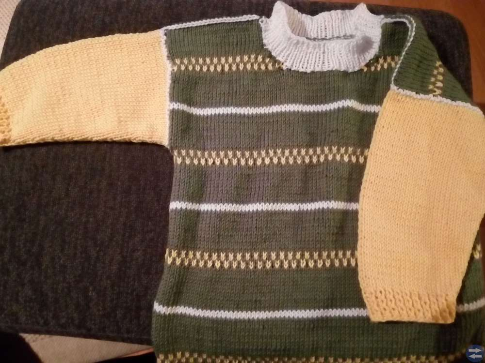 Stickade barnkläder i bambu, bomullsgarn och refle
