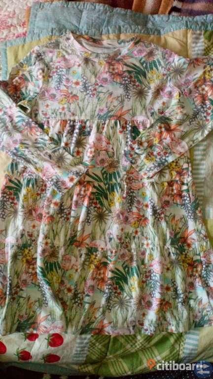 MyWear klänning stl 122/128
