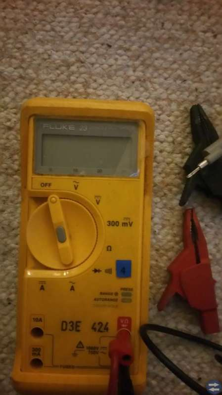 Fluke 23 series multimeter