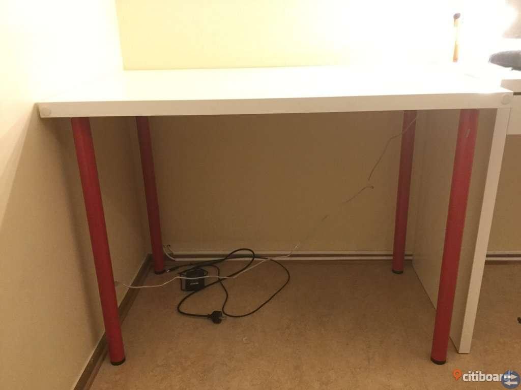Skrivbord och Skrivbordsstol