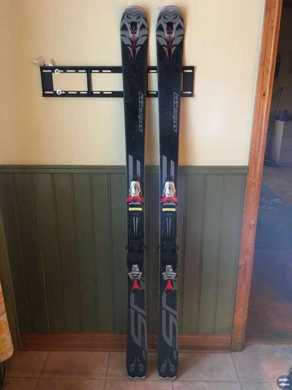 Stöckli skidor