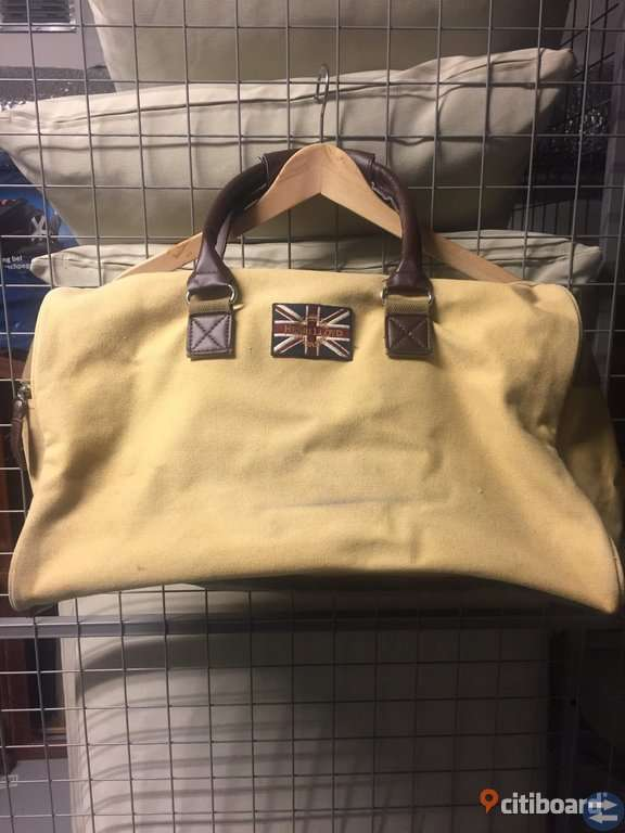 Henri Lloyd väska