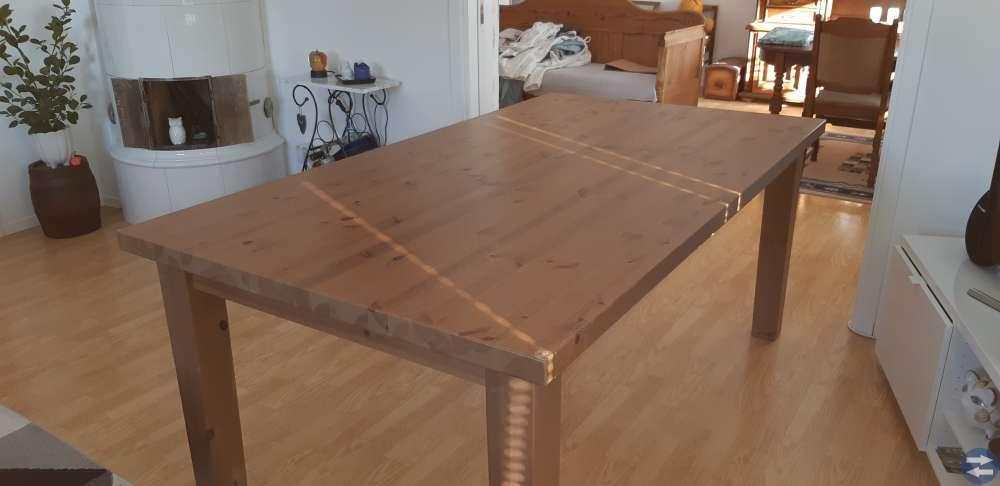 Matsalsbord med 6 stolar