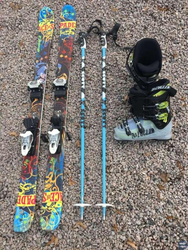 Skidor, stavar, pjäxor