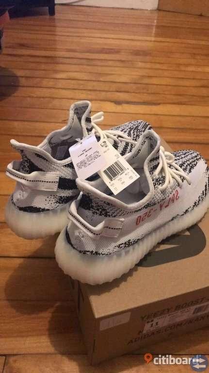 """Adidas Yeezy Boost 350 V2 """"Zebra""""NYTT"""