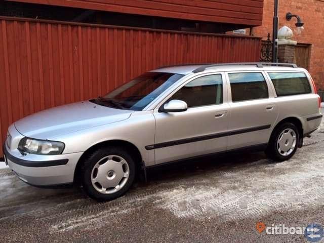 Volvo V70 2,4 Lågmilare, Mycket välvårdad